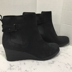 UGG Indra Suede Leather Wedge Boot Women's Size 9M